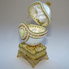 Boîte à bijoux oeuf musical en coquille avec camée inspiration Faberge ŒUF