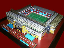 WEST HAM UPTON PARK MODEL STADIUM WITH WORKING FLOODLIGHTS