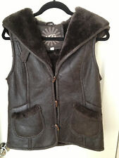 UGG WOMEN VENTANA CHOCOLATE HOODED BOMBER LAMBSKIN SHEARLING VEST Size XS