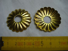 3 rosaces  laiton diamètre 35 mm trou de 10,5 mm (réf E)