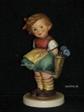 """Goebel Hummel 377 """"Vergißmeinnicht"""", bashful, Mädchen mit Blumenkorb"""