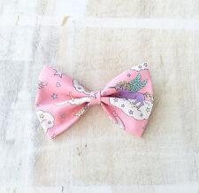 Rose pastel avec licorne arc en ciel nuage hair bow clip kawaii pin up