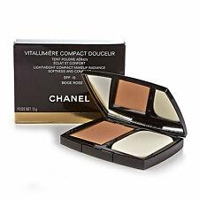 Chanel Vitalumiere Compacto douceur radiante base En Polvo - # 22 Color Beige Rose