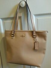 NWT COACH City Zip Tote In Crossgrain Leather