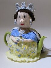 Queen Tea Cosy Knitting Pattern Royal-Tea - Knit your own!