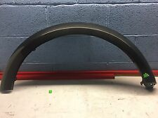 LAND ROVER DISCOVERY 4 L319 DRIVER SIDE FRONT RIGHT WHEEL ARCH TRIM GENUINE