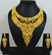 Double Set Fancy Menna Work Gold Forming Necklace Pan Earring Set for Women