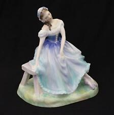 Royal Doulton GISELLE BALLET Figure Lady Figurine HN2139 Retired 1969 Ballerina