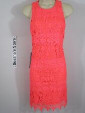 NWT BEBE LACE SHIFT DRESS SIZE XS Simply flawless. Luxe guipure lace shift dress