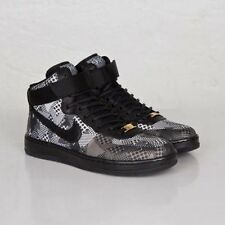 NIKE 717464-001 AF1 Ultra Force BHM QS Womens Size 10  Shoes Black/ White