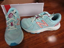 NEW New Balance 690 Running Shoes GIRLS Sz 1.5 M Turquoise KJ690CAY $55.00