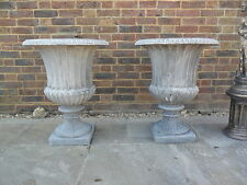 TWO BEAUTIFUL STONE ANTIQUE STYLE GEORGAIN GARDEN URNS GARDEN ORNAMENTS POTS