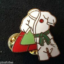 Pin's Folies *** Enamel badge Judo  Limited edition 125 ex.Ceinture verte