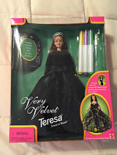 NEW 1998 MATTEL VERY VELVET TERESA FRIEND OF BARBIE COLLECTOR EDITION DOLL TOY