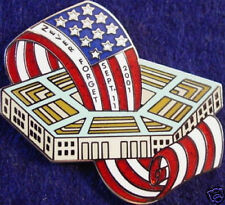 NEVER FORGET 9/11 PENTAGON w/USA Flag PIN 911 Tribute Memorial September 9/11/01
