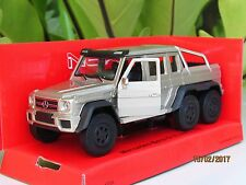 Welly 1/34-1/39 Die cast Car Mercedes-Benz G 63 AMG 6x6 SUV Truck (Gold)