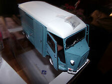 voiture miniature 1/18  SOLIDO     CITROEN TYPE HY  (retroviseurs a monter)