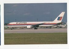 United Airlines Boeing 767-322 Aviation Postcard, A654