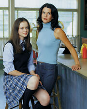 Lauren Graham & Alexis Bledel (713) 8x10 Photo