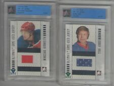 Bobby Hull ITG Ultimate Vault 1/1 on UM7 Game Used Jersey Emerald Logo