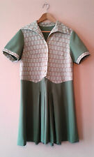 1960s vintage geometric print sage green dress 16 - 18 retro mod geek gogo