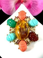 GORGEOUS FAUX TIGER EYE CORAL ACRYLIC CABOCHON EGYPTIAN REVIVAL SCARAB BROOCH