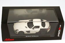 1:43 Brabus 700 Biturbo Basic Mercedes SLS AMG C197 white white / Carbon black