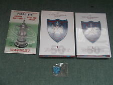 LN DVD + BADGE West Ham United ACADEMY MEMBERSHIP 2013 14 1964 FA CUP FINAL 50th