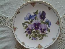 ROYAL ALBERT PANSIES PLATE QUEEN MOTHERS FAVOURITE FLOWERS SARA ANNE SCHOFIELD