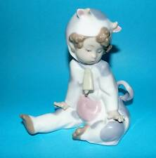 Nao by Lladro Figurine child dressed as cow 'Moo Moo' #1415 ornament 1st (6833)