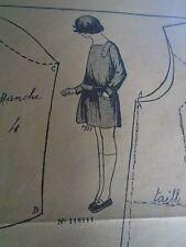 """PATRON ORIGINAL POUR LA POUPEE LISETTE  """"  TABLIER D'ECOLIERE    1925"""