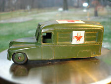 Vintage Dinky Toys Daimler Military Ambulance 253 made in England Collectable