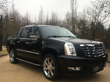 2009 Cadillac Escalade Base Crew Cab Pickup 4-Door