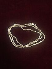 Beautiful NEW Hallmarked 18 Carat Solid Gold Chain - boxed