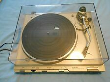 Technics Full Auto Direct Drive SL-D3 Turntable Record Player, everything works.