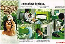 Publicité Advertising 1975 (2 pages) Allibert bien etre dans la salle de bain