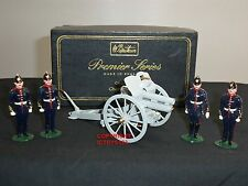 BRITAINS 8913 4.5 HOWITZER GUN + REVIEW ORDER DETACHMENT TOY SOLDIER FIGURE  SET