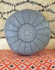 Gris marocain cousue main en cuir pouf