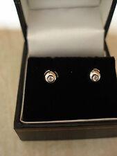 Par de 18 quilates de oro blanco Fancy Diamantes Aretes Hecho En Uk Nuevo
