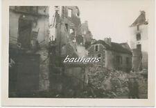 Foto Frankreich zerstörte Häuser  Ort/Stadt ???   (Q595)