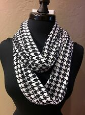 Alabama Crimson Tide Inspired SOFT Jersey knit Infinity Scarf.! black/white.