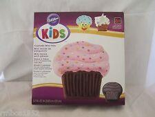 Wilton Kids Bakeware Cupcake Mini Cake Pan, NEW