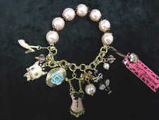 Betsey Johnson Cat Mouse Clam Multi-Charms Pink Pearl Bracelet [03B]