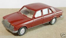 MICRO WIKING HO 1/87 MERCEDES BENZ 240 D MARRON FONCE
