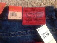 LEVI'S Men's 504 RED Label REGULAR STRAIGHT FIT Blue Jeans 34 X 32 NWT $98!