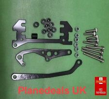 ALLOY CHASSIS MOUNTED SERVO MOUNT WITH PANHARD LINK  Crawler SCX10 Black L12
