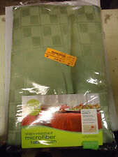 Food Network Microfiber Tablecloth Stain Resistant Green Sage 60 x 84 Oval - NIP