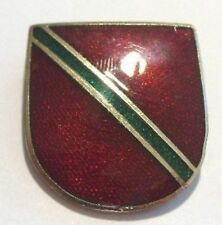 broche écusson royal  émaillé rouge et vert  couleur or relief collection *687