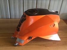 KTM 990 Super Duke Fuel tank