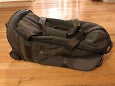 Victorinox Swiss Army Gear Mobilizer Wheeled Duffle Bag EUC Carry On